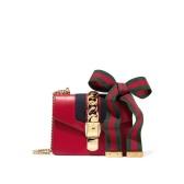 """【新款】Gucci 迷你Sylvie链条包 新年红--给新一年买个""""好寓意"""" £1290(约11186元)"""