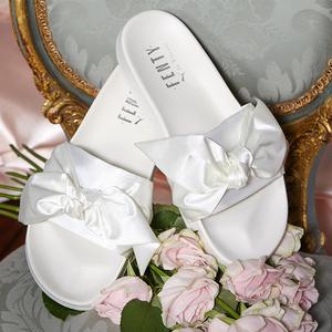 7折!收新款绑带蝴蝶结鞋、白色缎带澡堂拖