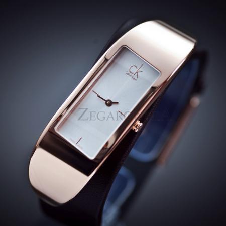 卡尔文 克莱恩(Calvin Klein) Embody K3C236G6 女式石英腕表 简洁风格设计 ¥496