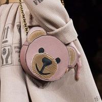 低至4折 小熊毛衣裙$318 Moschino 潮服热卖 粉丝最爱小熊毛衣款式全 超多半价
