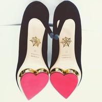 低至2.5折 收敲可爱猫咪鞋 SSENSE 精选Charlotte Olympia女士美鞋、美包热卖