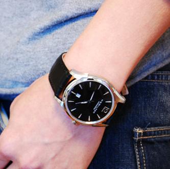 汉米尔顿(Hamilton) Jazzmaster爵士大师系列 H38615735 超薄全自动机械手表 ¥2539