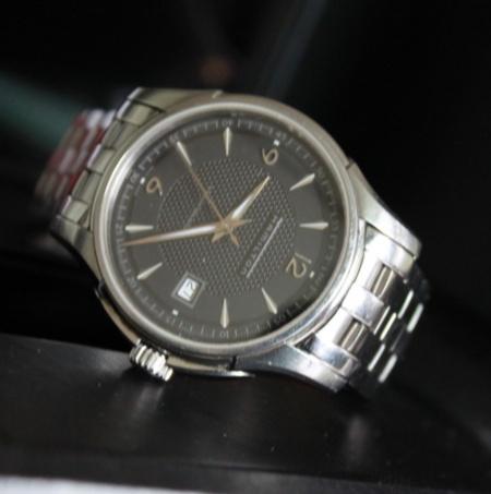 汉米尔顿(Hamilton) JAZZMASTER系列 H32455135 男士机械腕表 优雅休闲 ¥2290