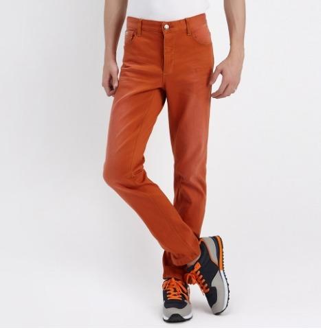¥19.9 METERSBONWE的男士水洗彩色牛仔裤