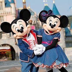 寒假班期: 香港迪士尼主题酒店1晚+乐园2日门票2张+优先入场证 2185元起/间
