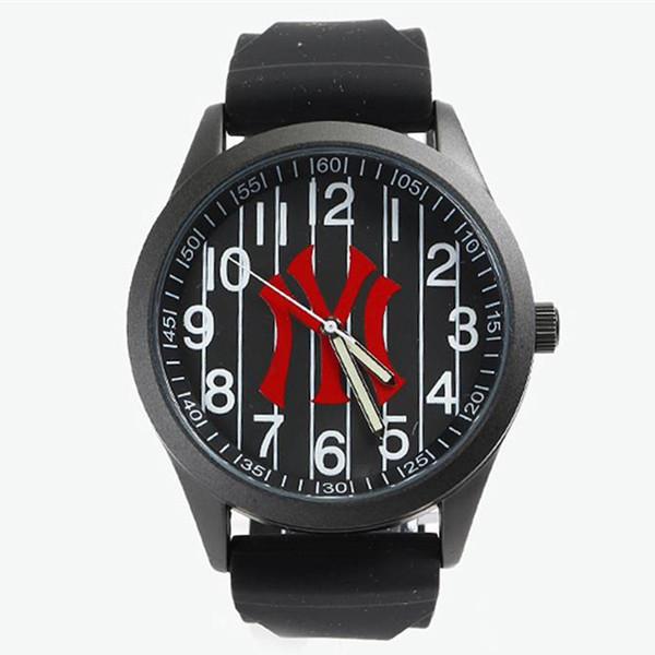 时尚潮流!MLB WATCH 时代广场系列指针式石英手表 219元包邮(需用券)