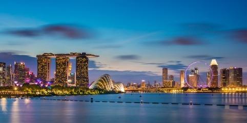 特价机票: 新加坡航空/东方航空 上海直飞新加坡5天往返含税机票 1899元起/人