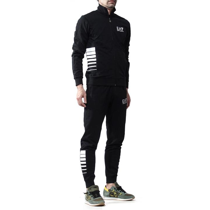 EMPORIO ARMANI EA7 男士运动套装 12800日元约人民币855元